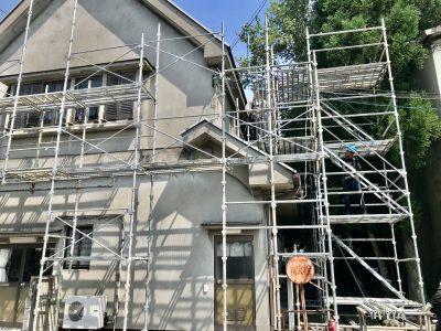 社屋、外壁塗装工事始まります。